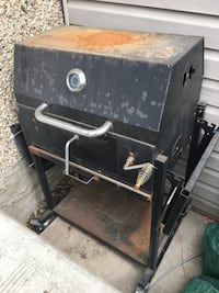 Black and gray gas grill Edmonton, T5T 2E3