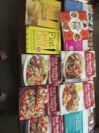 Various weight loss guides and cookbooks  Las Vegas, 89122