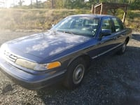 "1997 Ford Crown Victoria "" Low miles 82k"" Original Woodbridge, 22193"