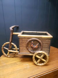 Bamboo and wicker vintage plantar