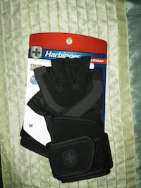 Brand new Harbinger weightlifting gloves
