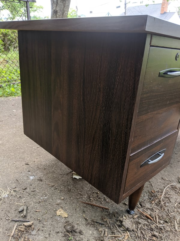 Desk: Mid Century Modern Brown Office Desk With 5 Storages. f52b5d06-aa37-420a-8ffb-b09e8f0d0f32
