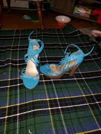 pair of blue-and-white sandals Baltimore, 21218