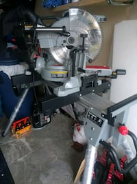 "12"" dual bevel maximum compound miter saw with stand Kitchener, N2E 4K2"