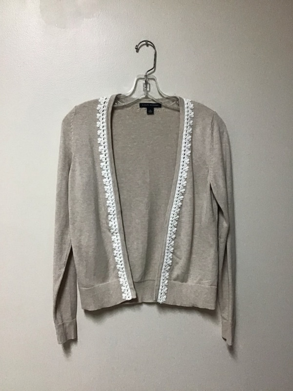 Women's BANANA REPUBLIC beige 100% cotton cardigan sweater… Size small be825adc-8e20-4bf0-aaf5-9a4106c2e72a