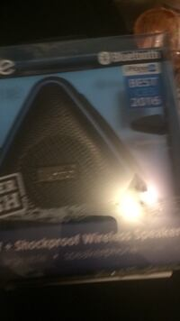 I home waterproof shock proof blue tooth speaker  Abbotsford, V2S 7L2