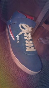 pair of blue-and-white sneakers Bourg, 70343