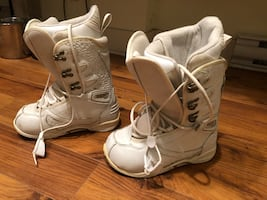 Limited Snowboard Brand women's size 8 snowboard boots