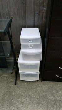 white plastic 3-drawer chest Vancouver, V5R 1C6