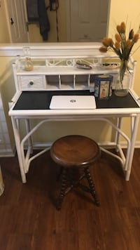 white wooden desk with hutch Silver Spring, 20904