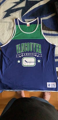 New Vancouver Canucks Mitchell And Ness 2XL Tank Top New Westminster, V3M 2N2