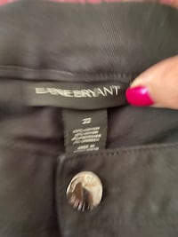 Like new great condition lane Bryant capris size 22 Lincoln, 95648
