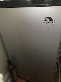 Igloo mini fridge  Alexandria, 22304