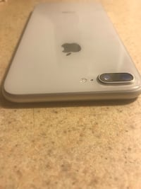Unlocked iPhone 8 Plus 256Gb mint Condition Ottawa