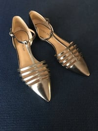 Shoes flats silver New Caney, 77357