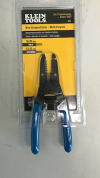 Klein Tools wire striper/cutter in blister pack Bolingbrook, 60440