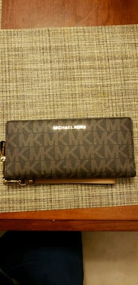 brown monogrammed Michael Kors leather long wallet Alexandria