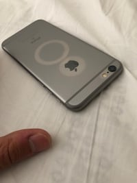 Space Gray Iphone 6 16gb, like new Sterling, 20166