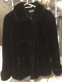 Black faux fur coat Ottawa, K4A 1N9