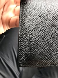 Selling mens black mint condition coach wallet Toronto, M1B