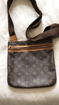 black and brown Louis Vuitton leather crossbody bag Laval, H7P 0K6
