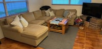 Three piece sectional couch Saint Petersburg, 33703
