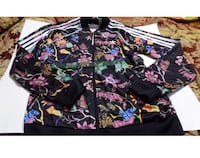 New with tags ~ women's adidas rare floral jacket ~ size large  Surrey, V4N 6A2