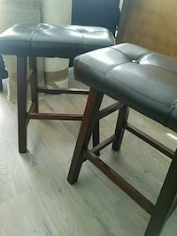 black leather padded bar seat 2ft tall Los Angeles, 90028