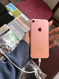 iphone 7 rose gold 256 gb unlocked with box Montréal, H2X