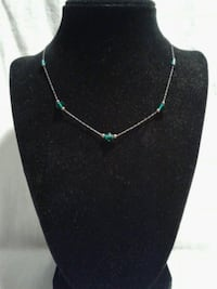 Very Pretty Emerald Green Glass Beads Necklace  Gettysburg, 17325