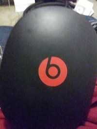 black and red Beats case
