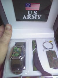 green and brown camouflage analog watch with box 881 mi