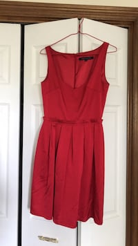 FCUK dress size 0 UK (i'm a size 4 and it fits) London, N5X 3G2