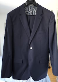 Indochino men's suit. Jacket 38R pants 32 Vancouver, V6E