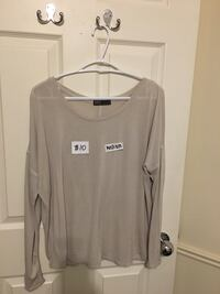 women's gray scoop-neck long-sleeved shirt Vaughan, L4J 5S7