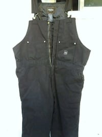 black zip-up vest Modesto, 95355