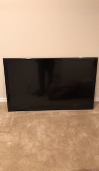 Black flat screen tv with remote Cheverly, 20785