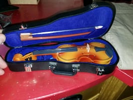 mini violin toy