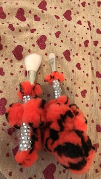 Halloween make up brushes Boston, 02124