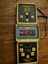 TRULY VINTAGE COLECO TEAM PLAY FOOTBALL VIDEO GAME
