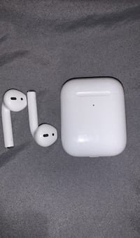 Apple AirPods Generation 2 Oxon Hill, 20745