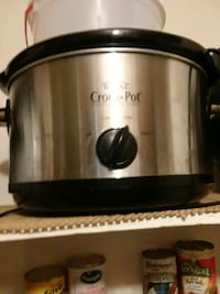 grey and black Crock Pot slow cooker Houma, 70363