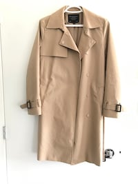 Giordano Size M beige Trench coat Coquitlam, V3B