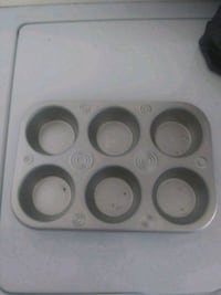 Muffin Pan For Sale ! 31 mi