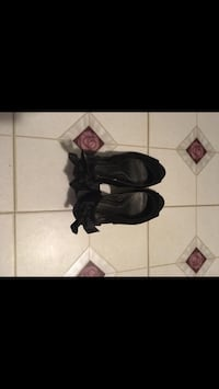 2 pairs of high heels for $15 Alexandria, 22303