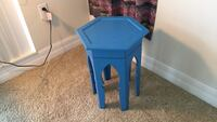 Blue wooden side table Ruskin, 33570
