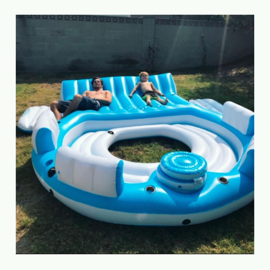 Large Inflatable Water Raft Party Island With Drin