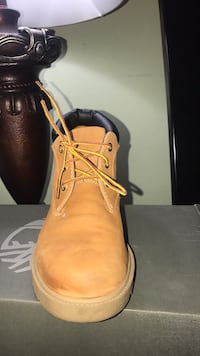 pair of brown leather work boots Los Angeles, 90036