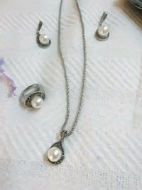 silver and diamond studded necklace Greeneville