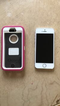 T-Mobile iPhone 5s almost brand new